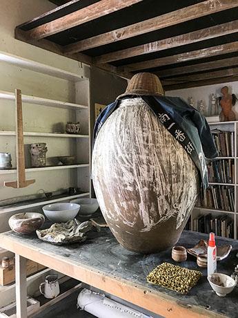 studio big pot